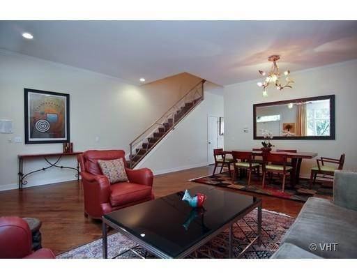 Detached House at 1545 West Altgeld Street Chicago, Illinois 60614 United States