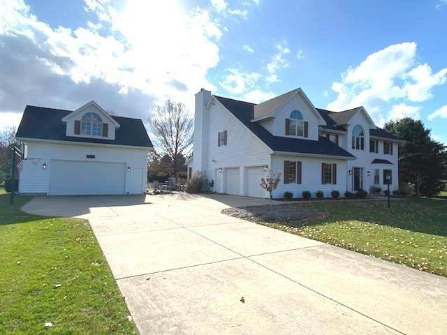 Single Family Homes for Sale at 1702 Sterling Drive Sycamore, Illinois 60178 United States