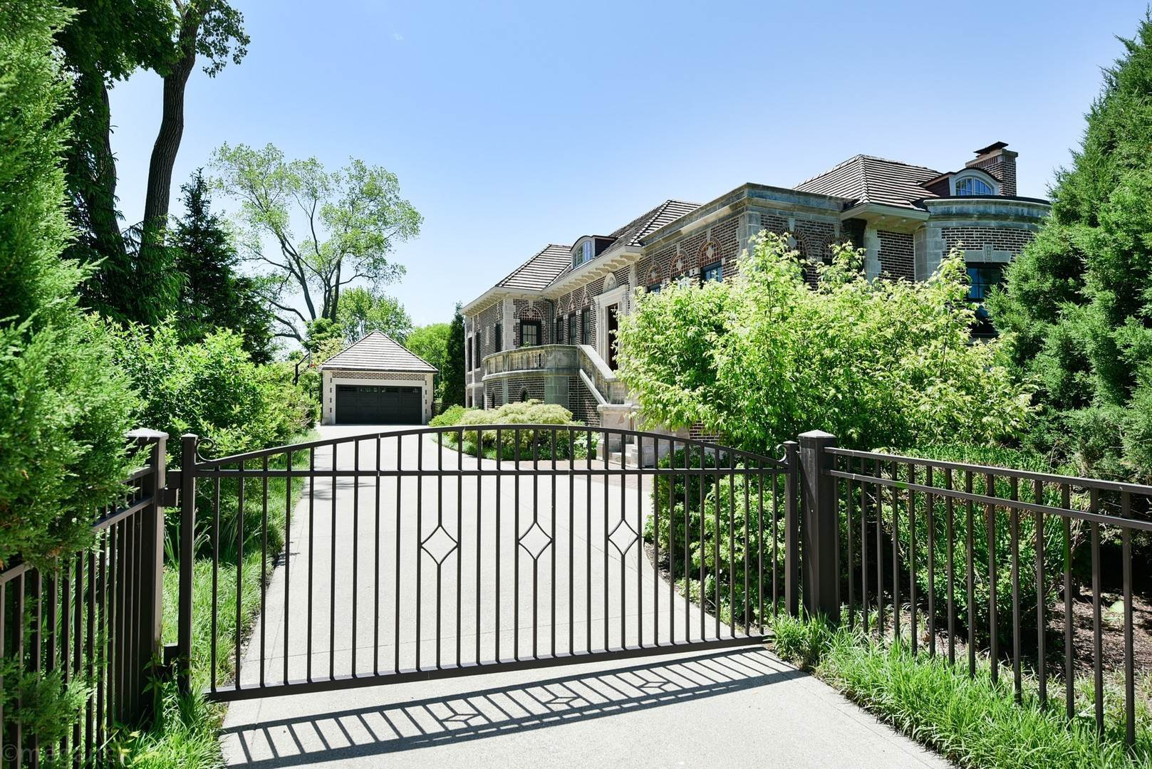 Single Family Homes at 687 Sheridan Road Wilmette, Illinois 60091 United States