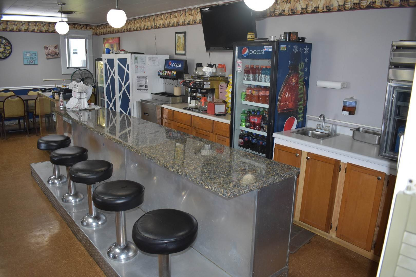 Business Opportunity for Sale at 205 N State Route 54 Roberts, Illinois 60962 United States