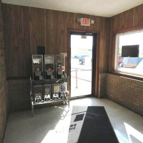 Commercial for Sale at 959 W Reynolds Street Pontiac, Illinois 61764 United States