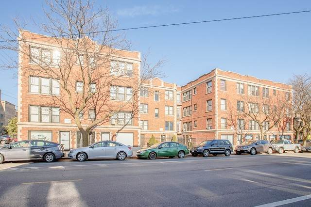 Commercial for Sale at 6948 N Ashland Avenue Chicago, Illinois 60626 United States