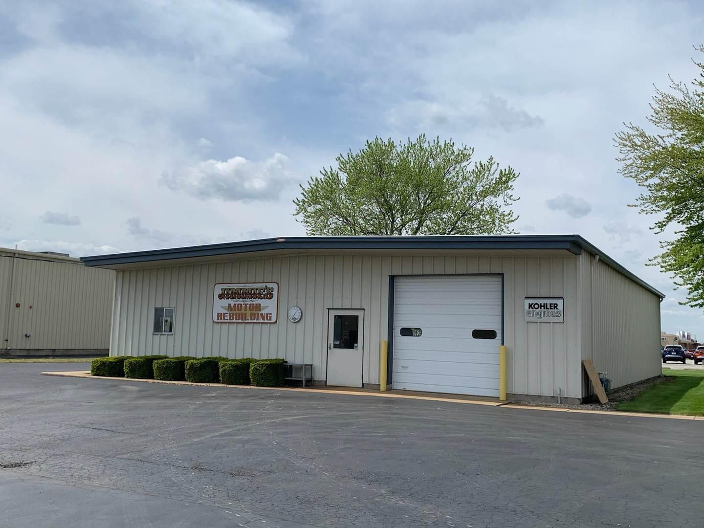 Business Opportunity for Sale at 3350 Becker Drive Peru, Illinois 61354 United States
