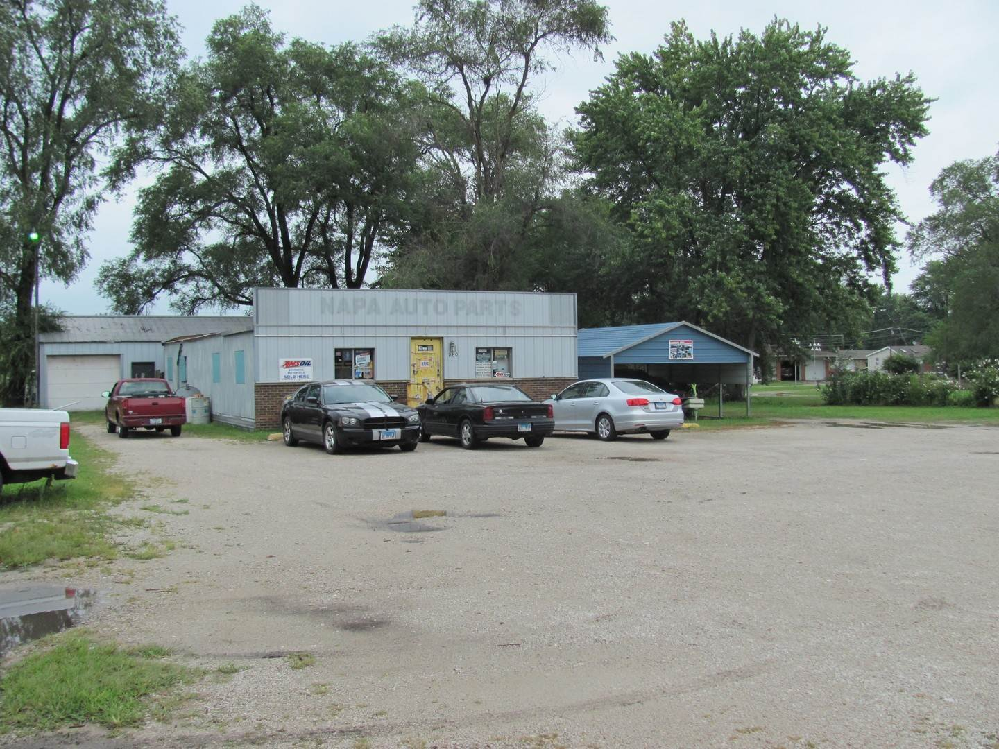 Commercial for Sale at 860 E Division Street Coal City, Illinois 60416 United States