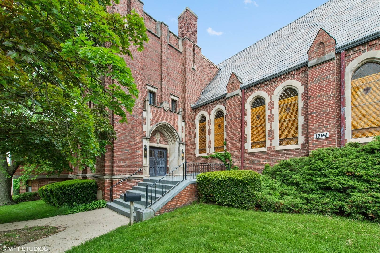 Commercial for Sale at 1696 Mcgovern Street Highland Park, Illinois 60035 United States