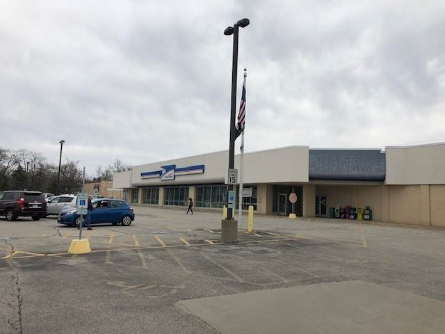 Commercial for Sale at 1209 Towanda Avenue Bloomington, Illinois 61701 United States