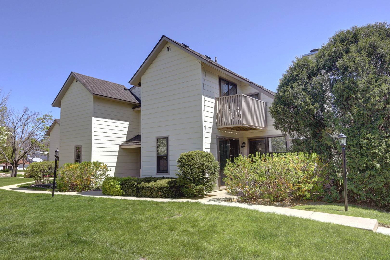 Residential Lease om 633 Chip Court Gurnee, Illinois 60031 Verenigde Staten