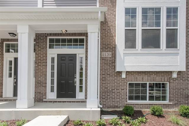 Residential Lease at 1120 E Bauer Road Naperville, Illinois 60563 United States