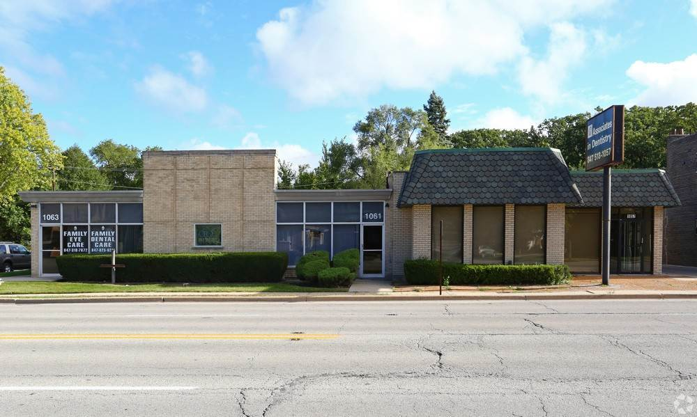 Commercial for Sale at 1057 N Northwest Highway Park Ridge, Illinois 60068 United States