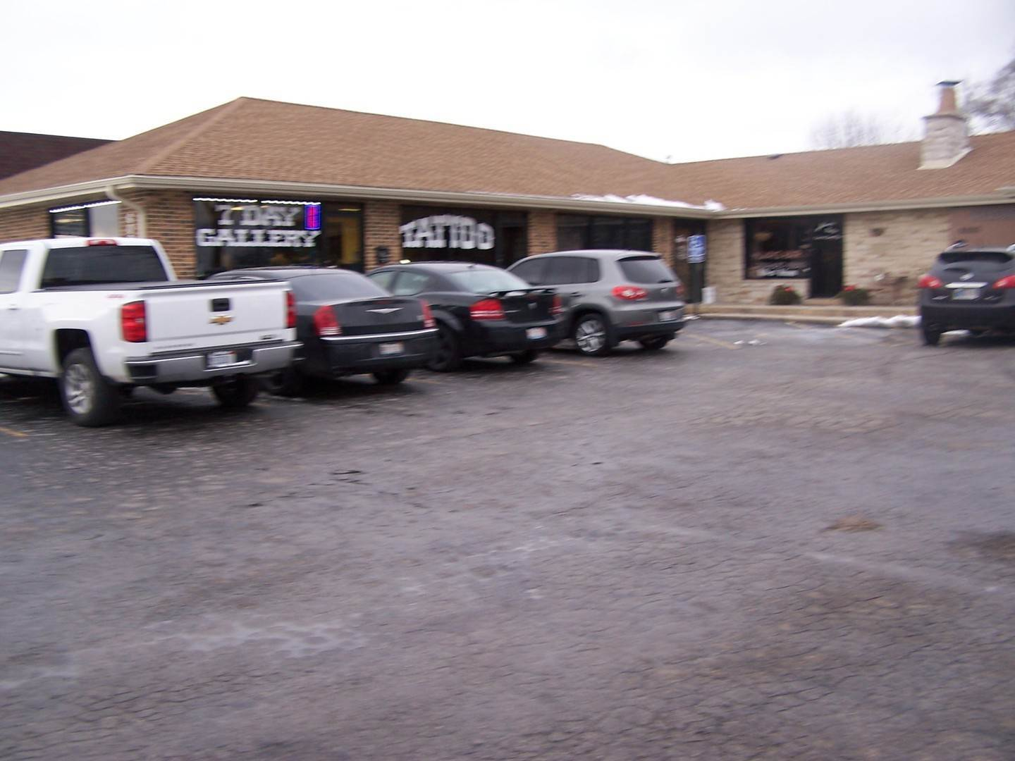 Commercial for Sale at 6000 W 159th Street Oak Forest, Illinois 60452 United States