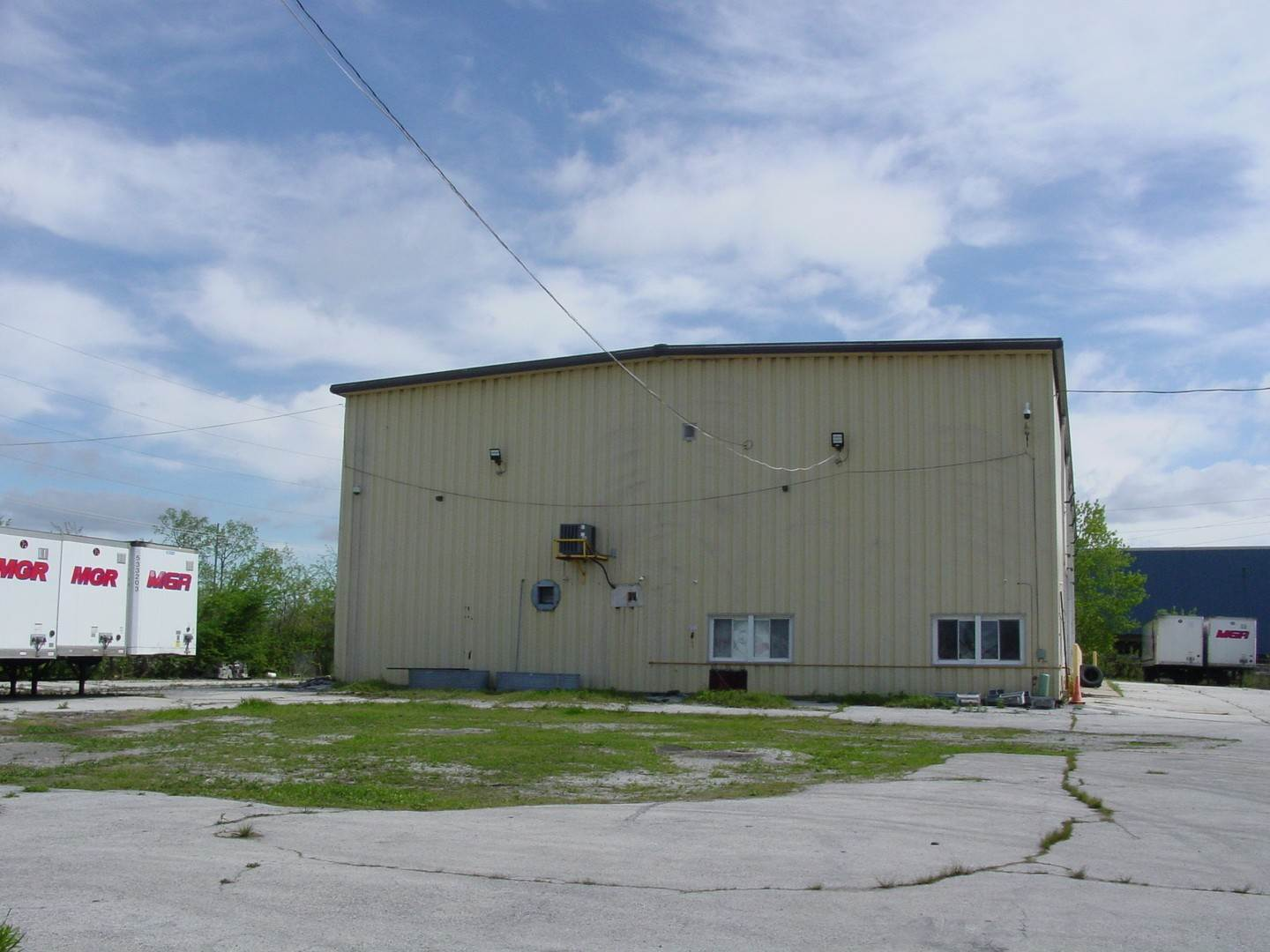 Commercial for Sale at 210 E 159th Street Harvey, Illinois 60426 United States