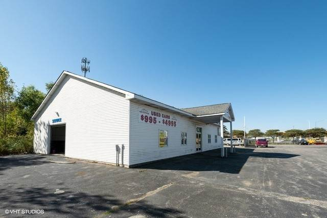 Commercial for Sale at 180 W 159th Street Harvey, Illinois 60426 United States