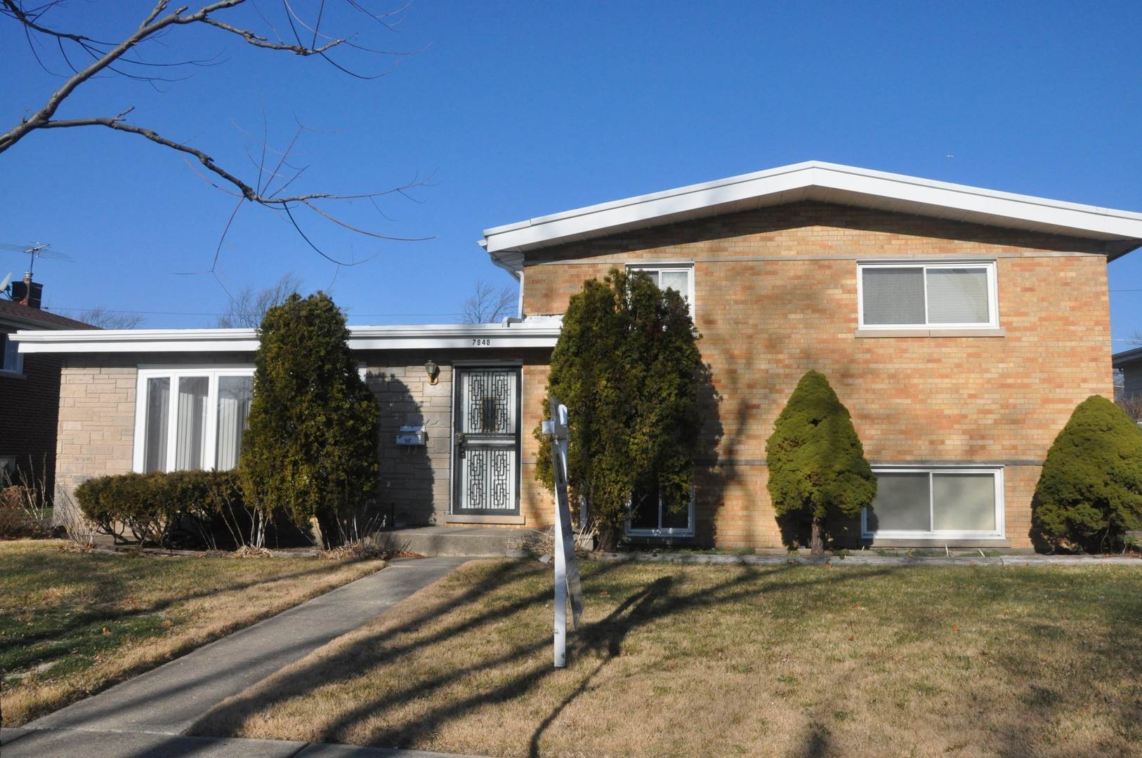 Arrendamiento Residencial en 7848 Churchill Street Morton Grove, Illinois 60053 Estados Unidos
