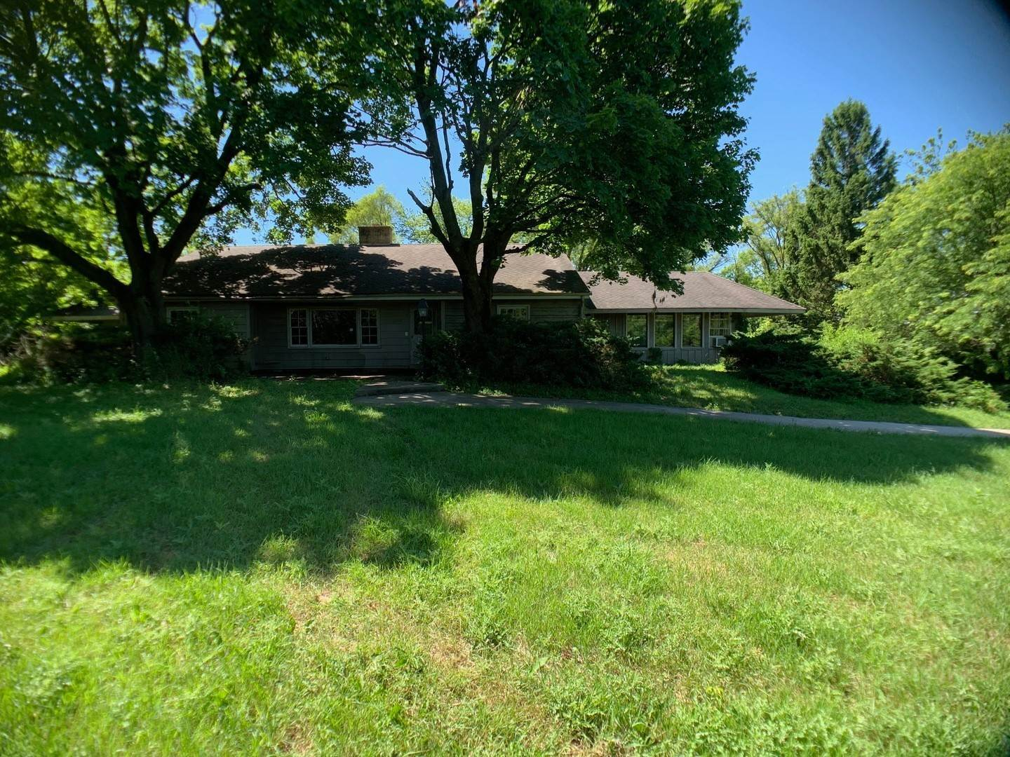 Single Family Homes for Sale at 23340 N Old Barrington Road North Barrington, Illinois 60010 United States