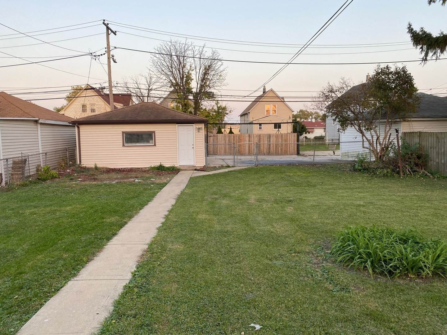 Residential Lease bei 321 28th Avenue Bellwood, Illinois 60104 Vereinigte Staaten