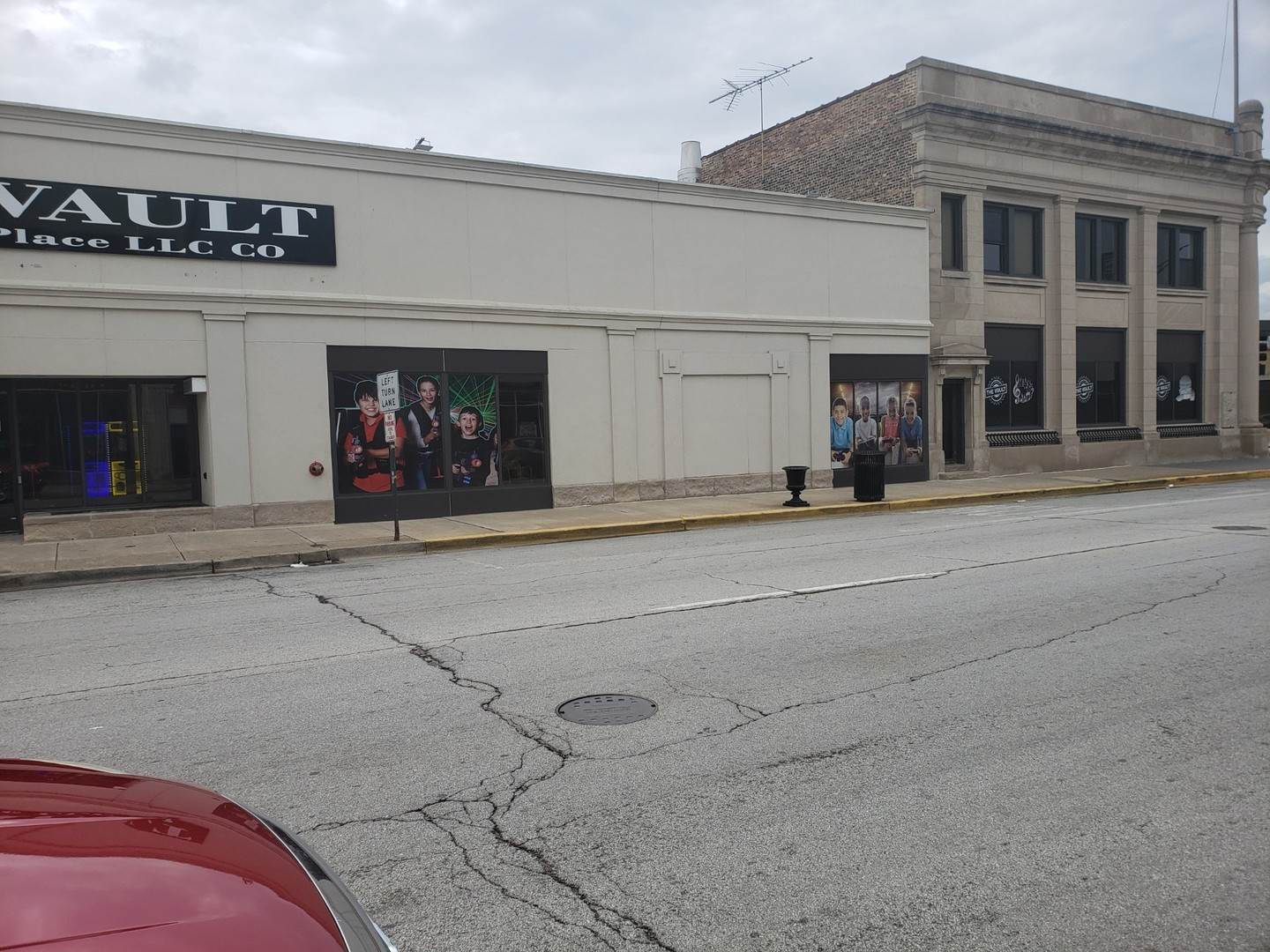 Commercial at 13057 Western Avenue Blue Island, Illinois 60406 United States