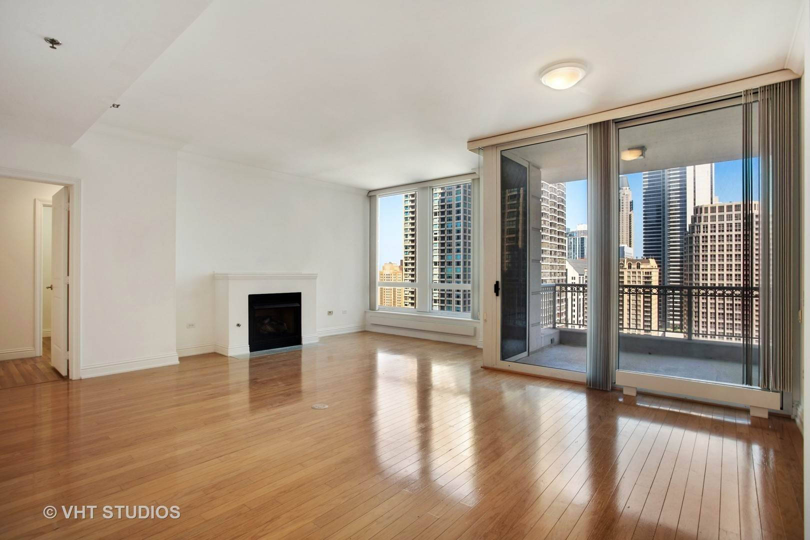 Rentals at 55 East Erie Street Unit 2302 Chicago, Illinois 60611 United States