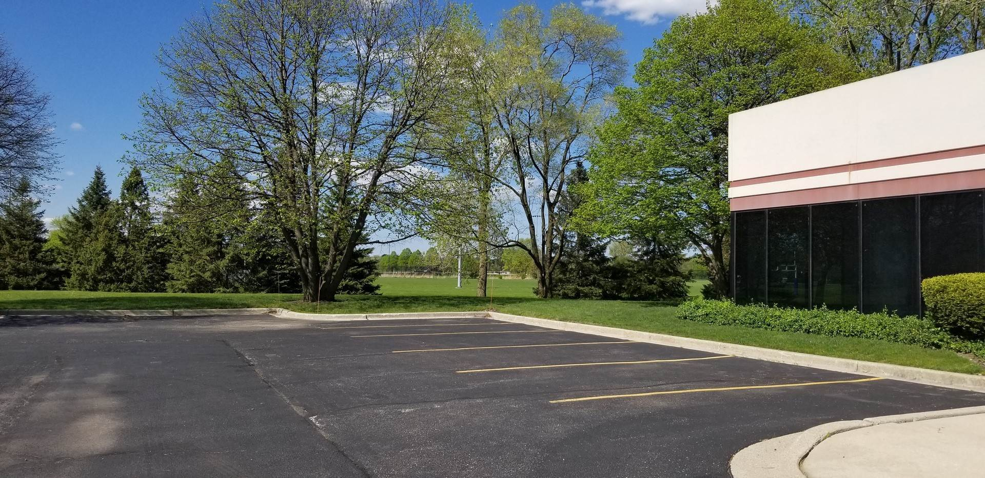 Commercial for Sale at 5400 Patton Drive Lisle, Illinois 60532 United States