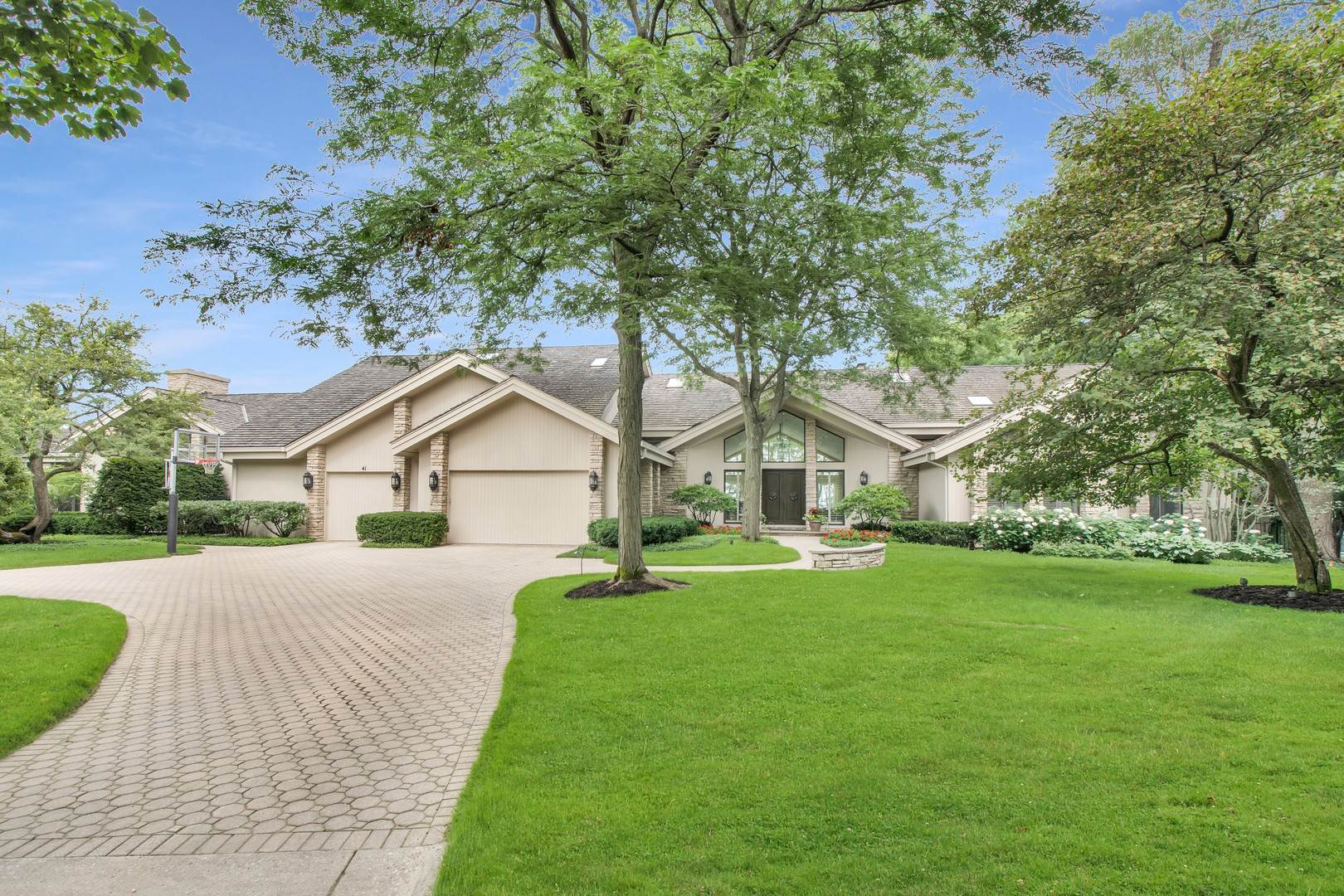Single Family Homes for Sale at 41 S Deere Park Drive Highland Park, Illinois 60035 United States