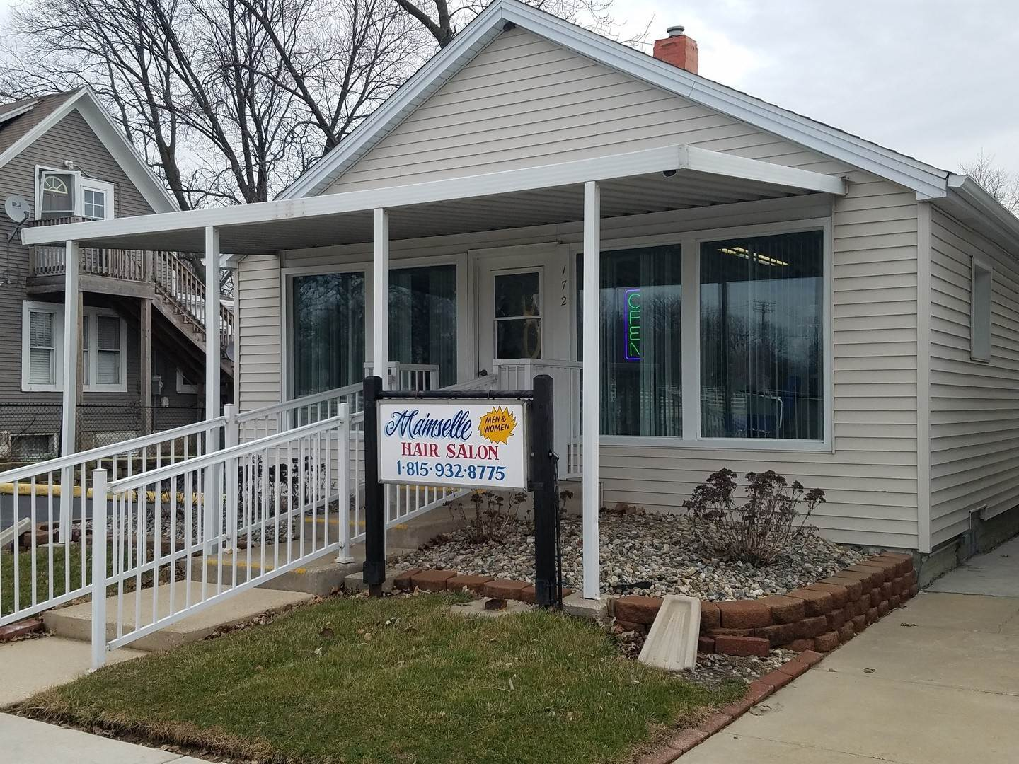 Business Opportunity for Sale at 172 N Kennedy Drive Bradley, Illinois 60915 United States