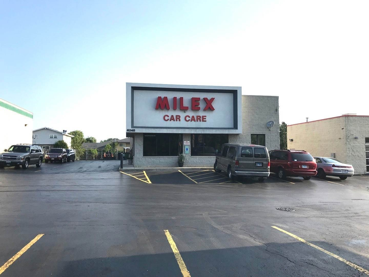 Commercial for Sale at 6240 W 159th Street Oak Forest, Illinois 60452 United States