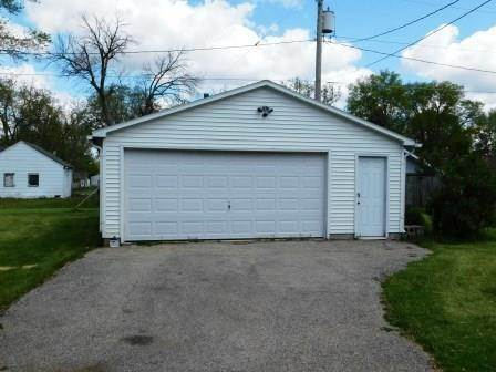 Single Family Homes for Sale at 208 E Oak Street Chatsworth, Illinois 60921 United States