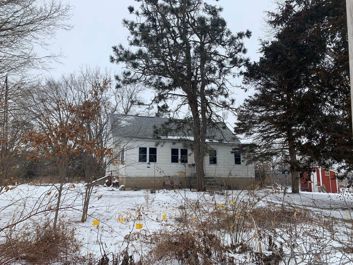 Single Family Homes for Sale at 1192 E Heath Lane White Heath, Illinois 61884 United States