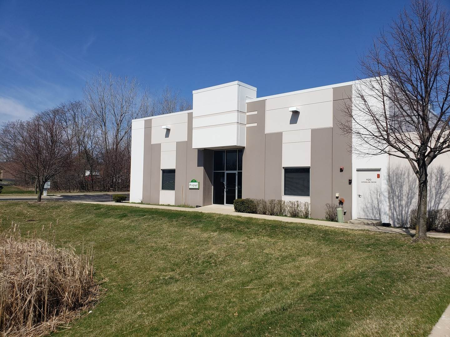 Commercial for Sale at 1122-1124 Rose Road Lake Zurich, Illinois 60047 United States