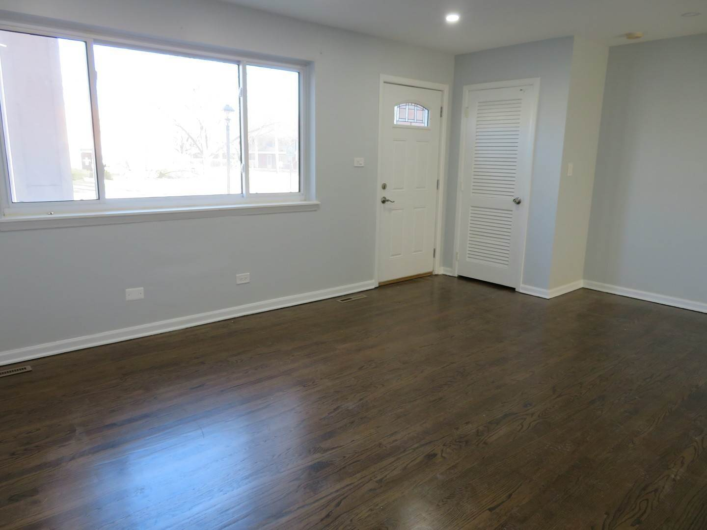 Residential Lease at 2015 Walters Avenue Northbrook, Illinois 60062 United States
