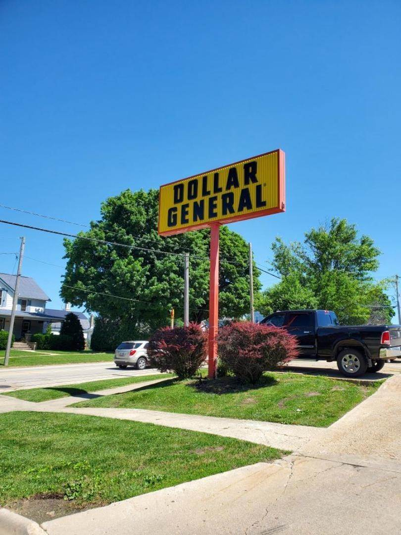 Commercial for Sale at 106 E Provost Street Lena, Illinois 61048 United States
