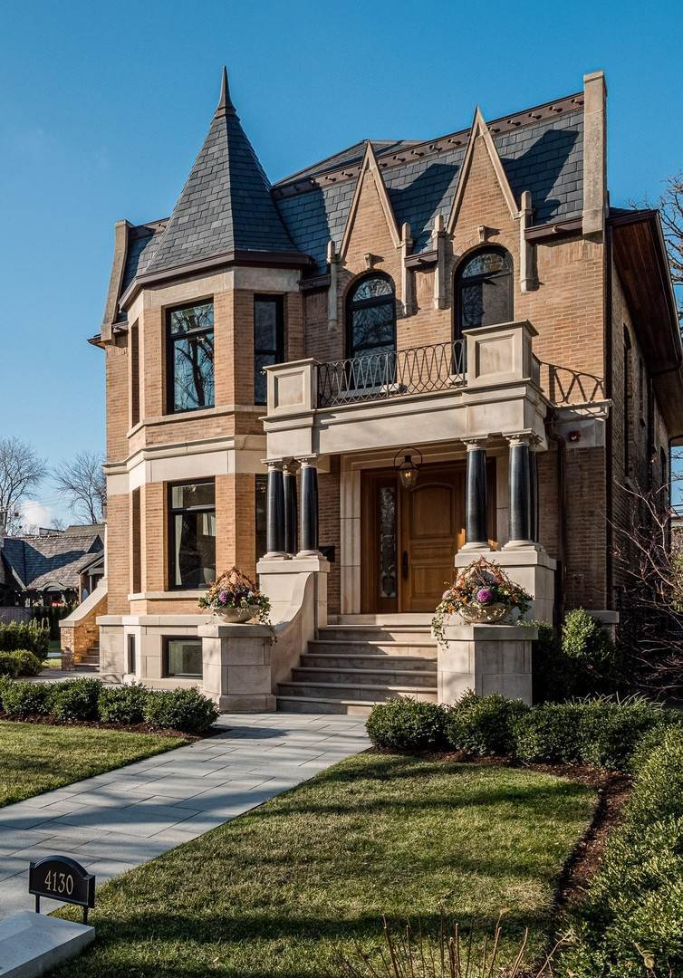 Single Family Homes for Sale at 4130 N Greenview Avenue Chicago, Illinois 60613 United States