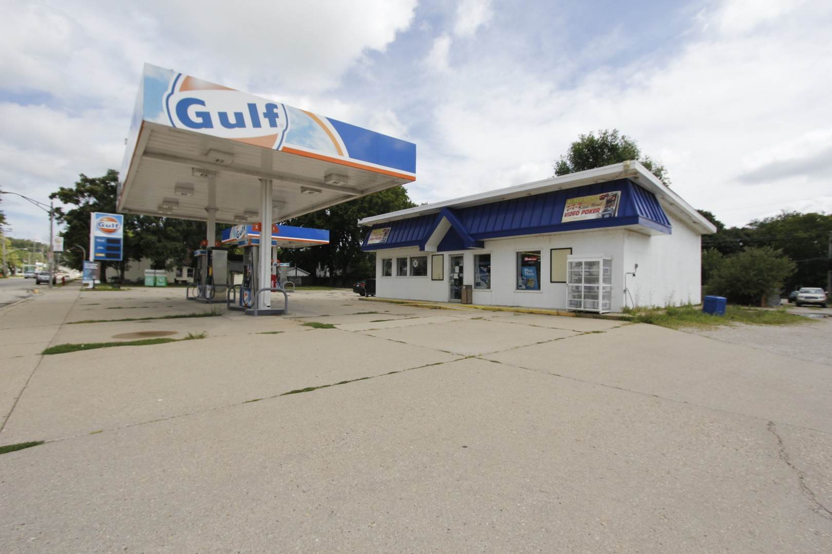 Business Opportunity for Sale at 330 N Main Street Seneca, Illinois 61360 United States