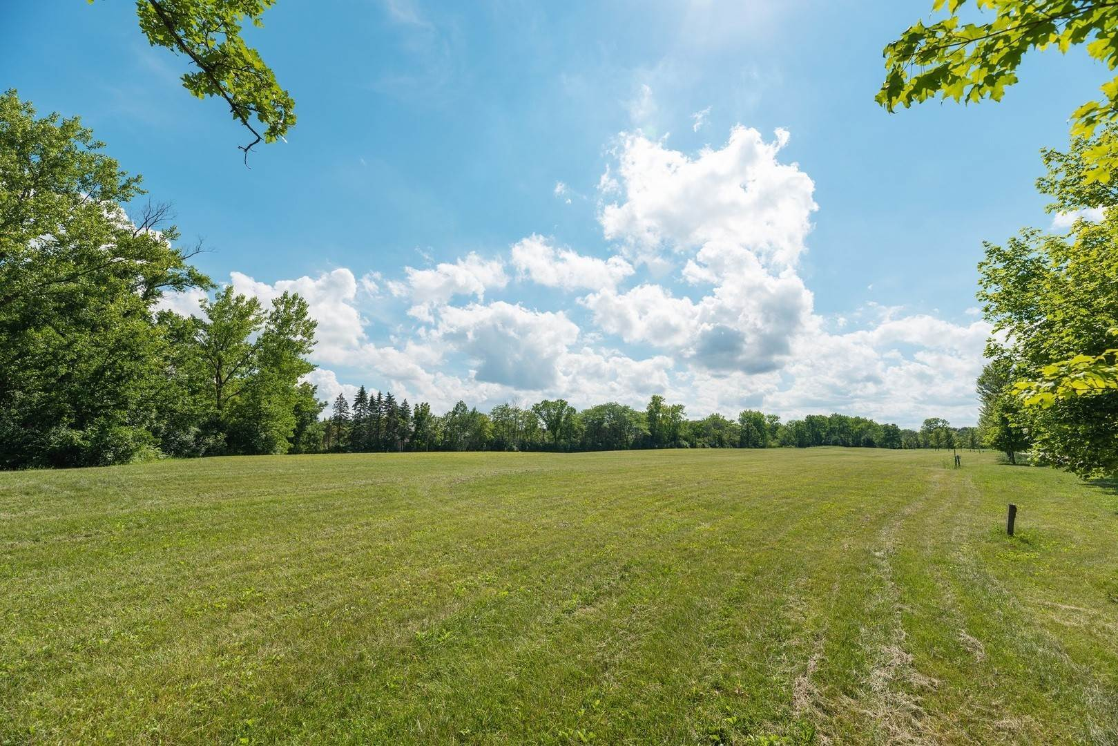 Land for Sale at Lot 6 Whitehall Lane Lake Forest, Illinois 60045 United States