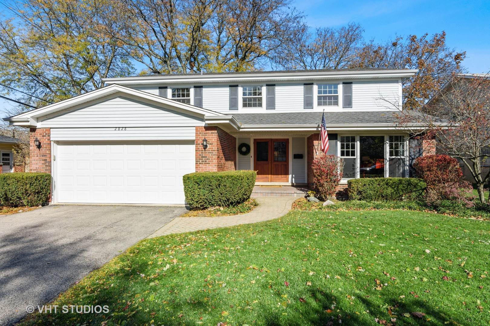 Property for Sale at 2828 Knollwood Lane Glenview, Illinois 60025 United States