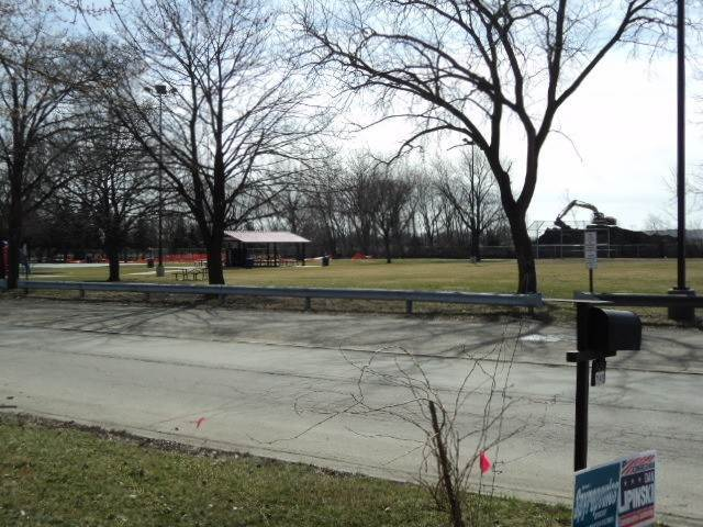 Land for Sale at 7128 W 75 Street Nottingham Park, Illinois 60638 United States