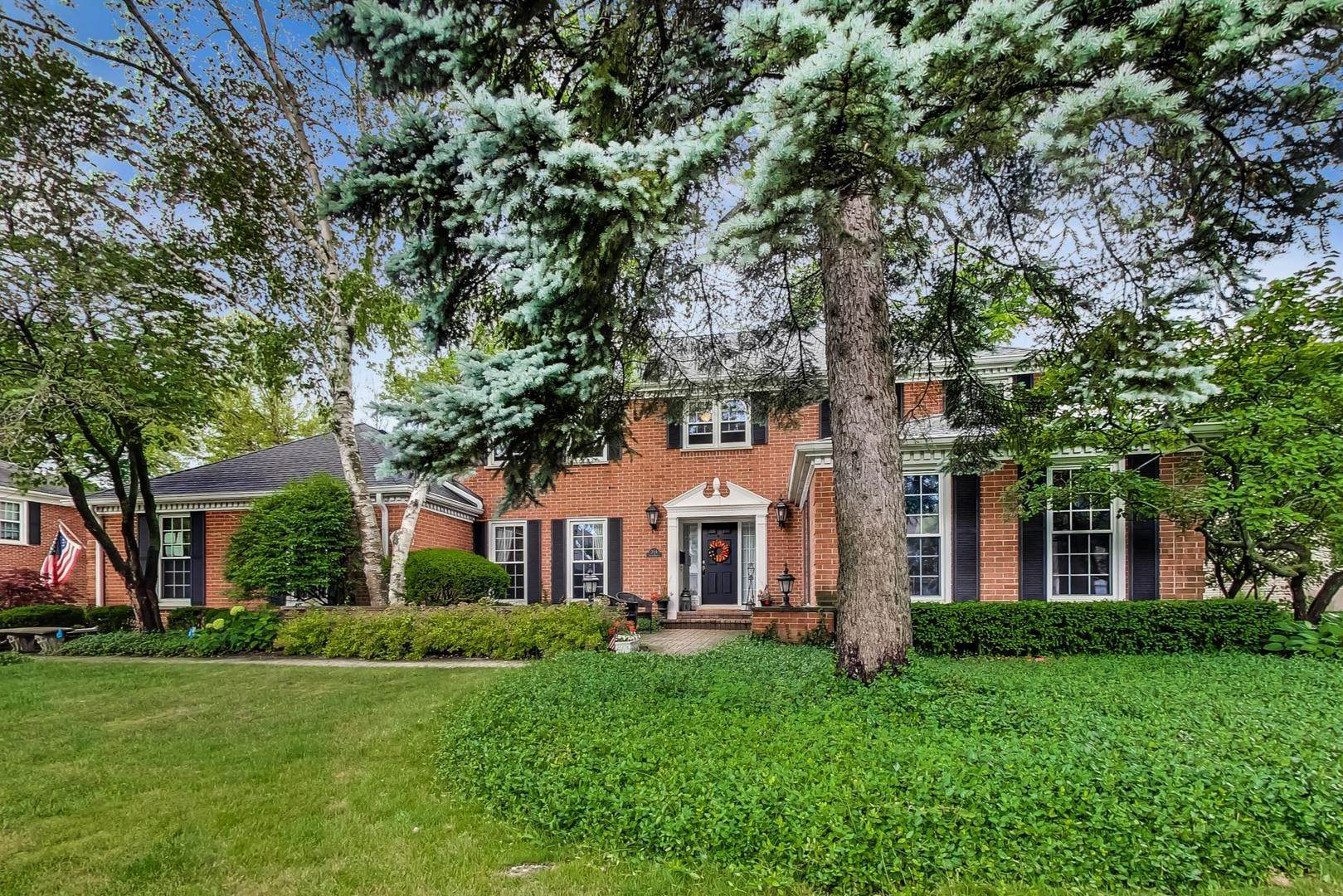 Single Family Homes for Sale at 714 N Haddow Avenue Arlington Heights, Illinois 60004 United States