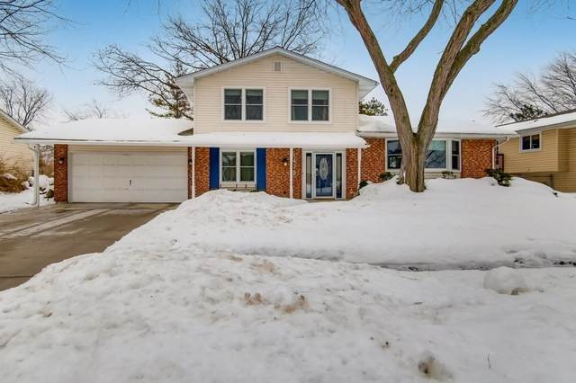 Single Family Homes for Sale at 1473 Worden Way Elk Grove Village, Illinois 60007 United States