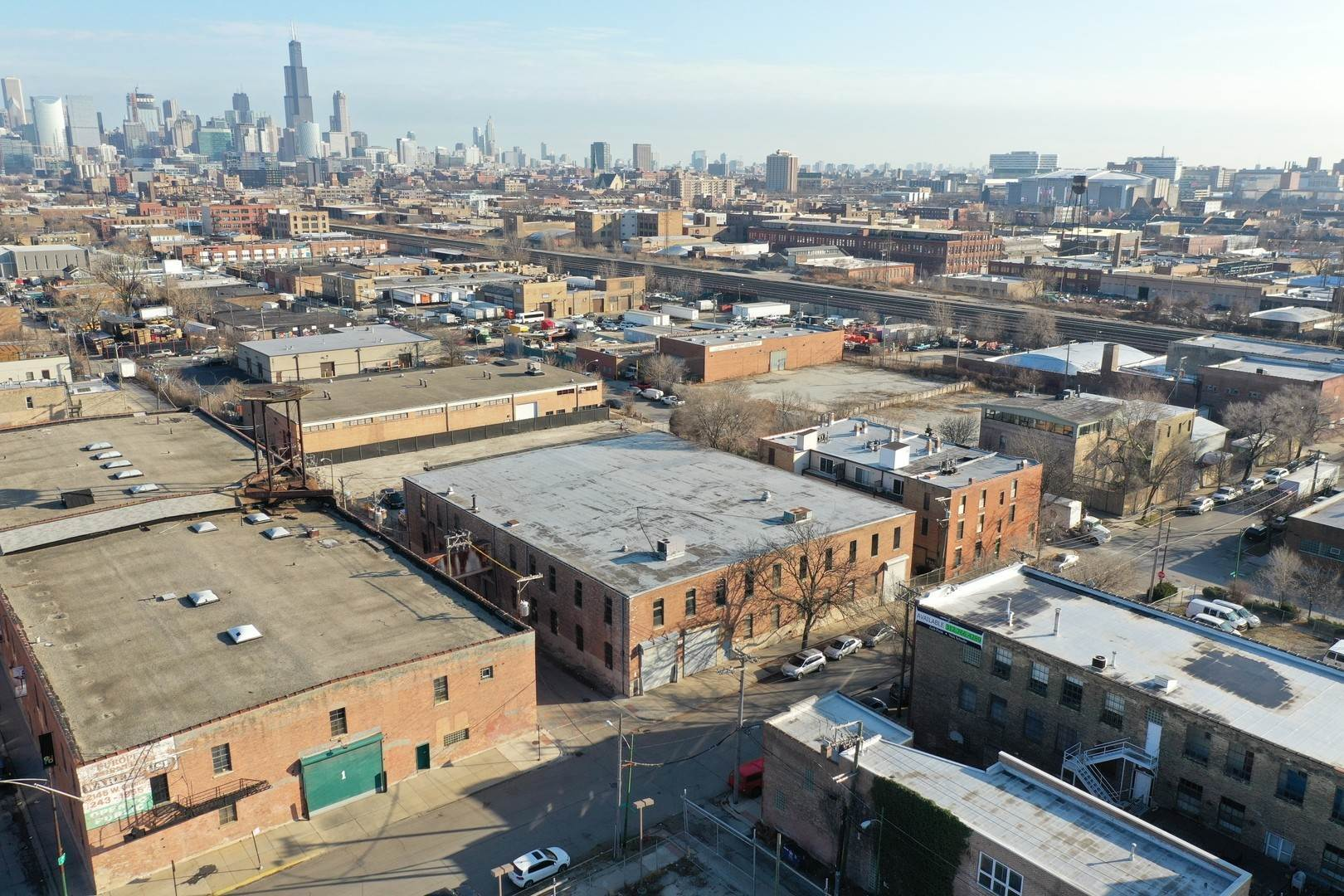 Commercial for Sale at 457 N Leavitt Street Chicago, Illinois 60612 United States