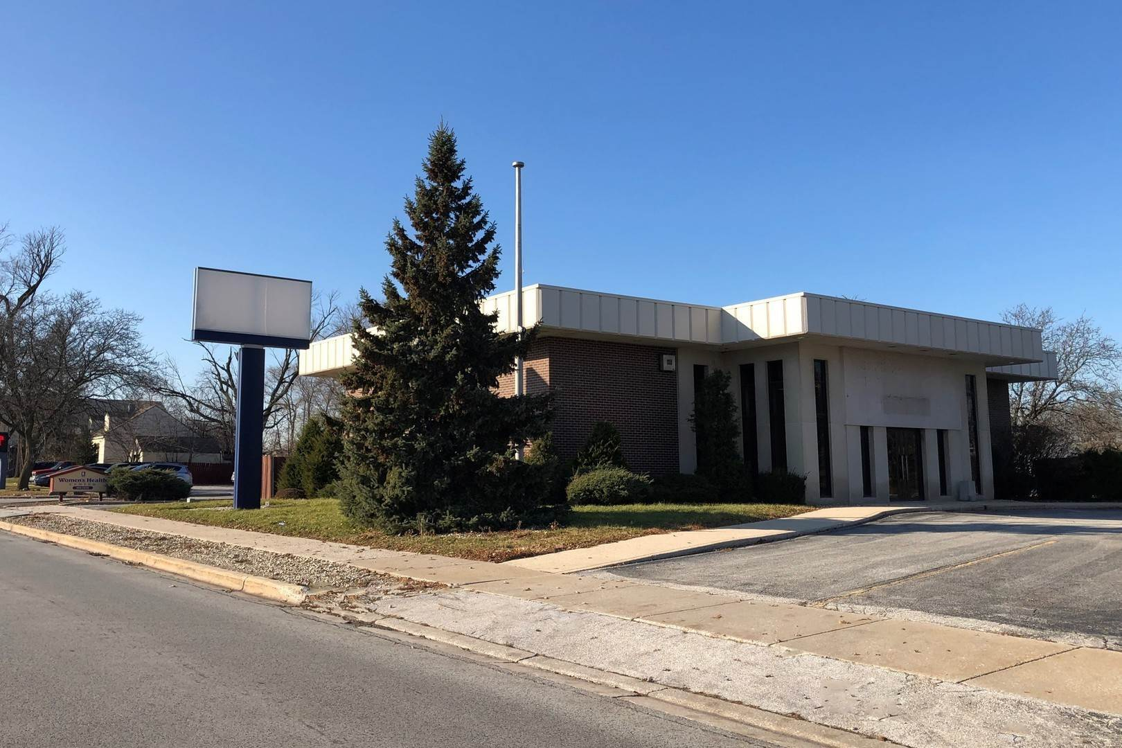 Commercial for Sale at 225 W Joe Orr Road Chicago Heights, Illinois 60411 United States