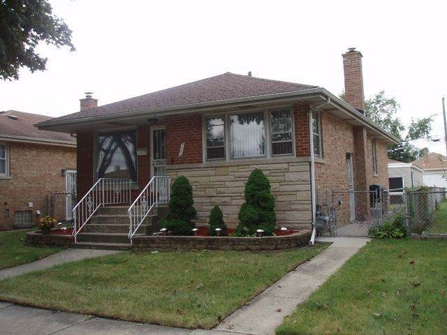 Single Family Homes for Sale at 130 Hyde Park Avenue Bellwood, Illinois 60104 United States
