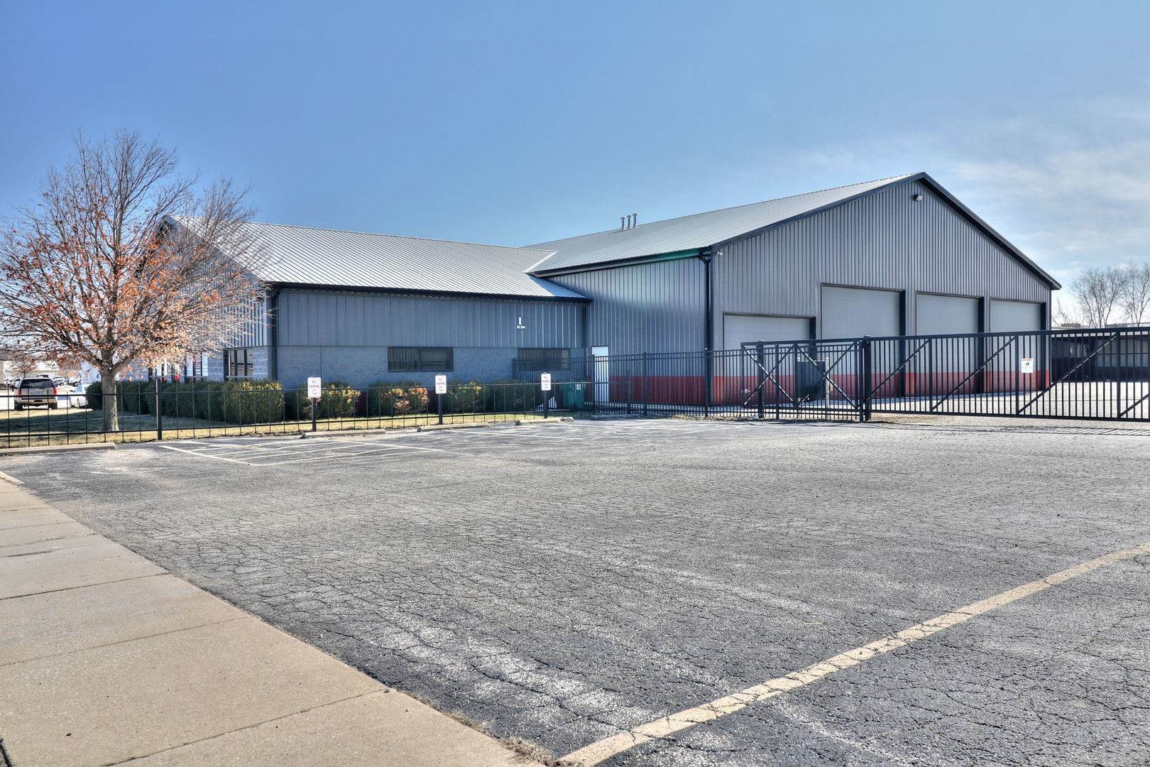 Commercial for Sale at 4003 Kearns Drive Champaign, Illinois 61822 United States