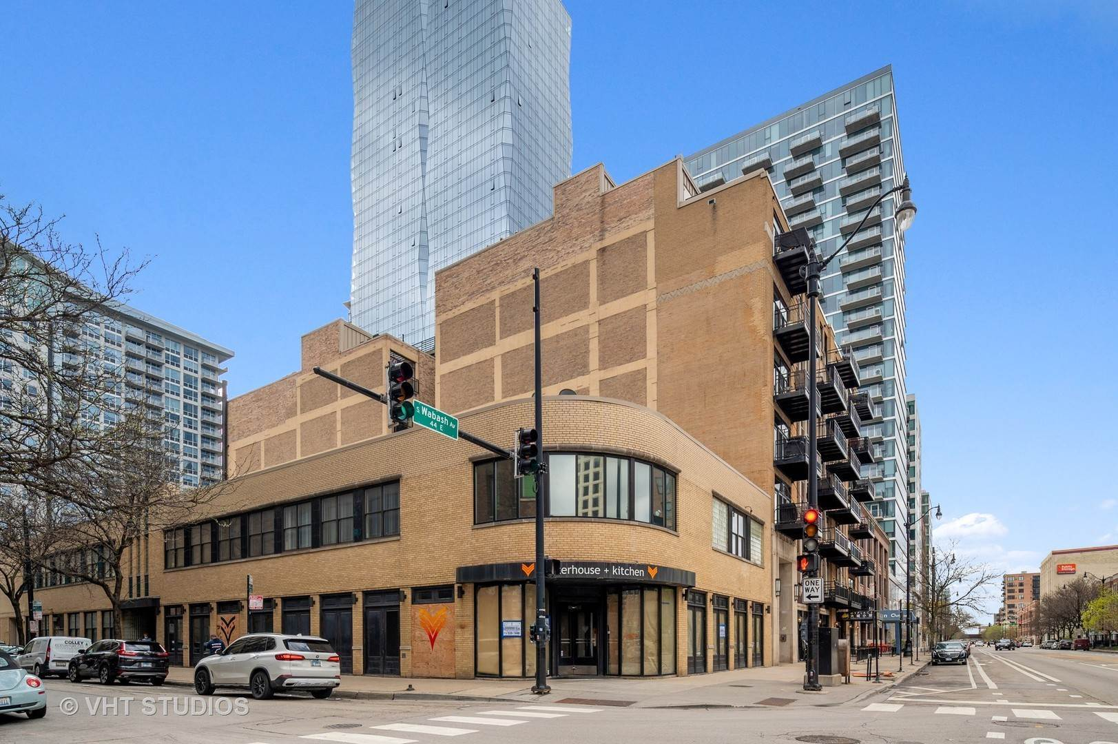 Commercial for Sale at 1301 S Wabash Avenue Chicago, Illinois 60605 United States