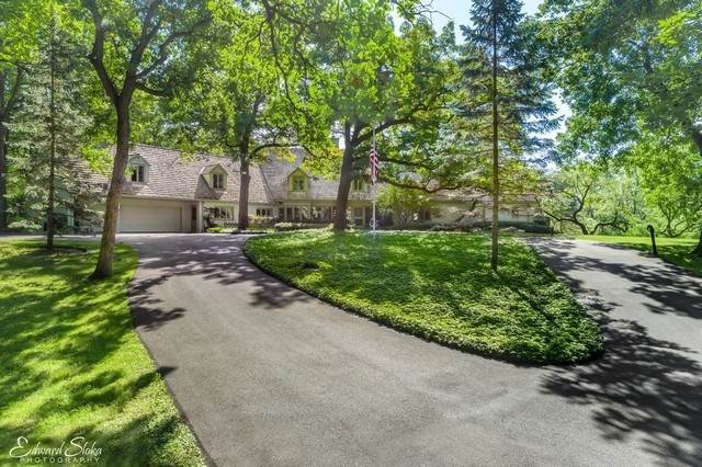 Single Family Homes for Sale at 8 W County Line Road Barrington Hills, Illinois 60010 United States