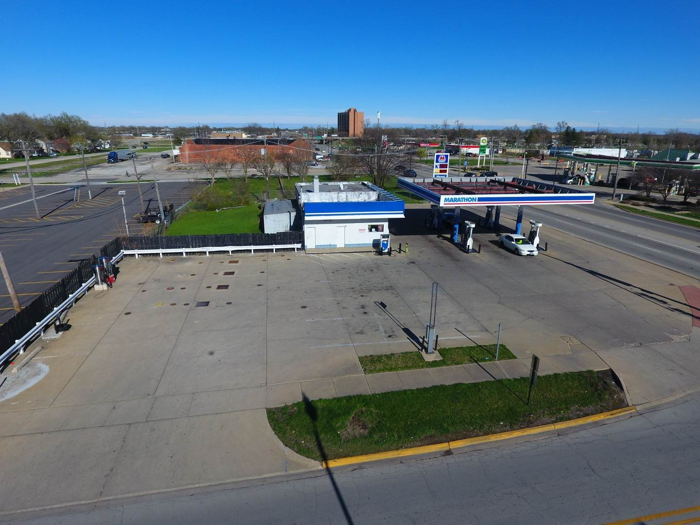 Commercial for Sale at 1815 E Court Street Kankakee, Illinois 60901 United States