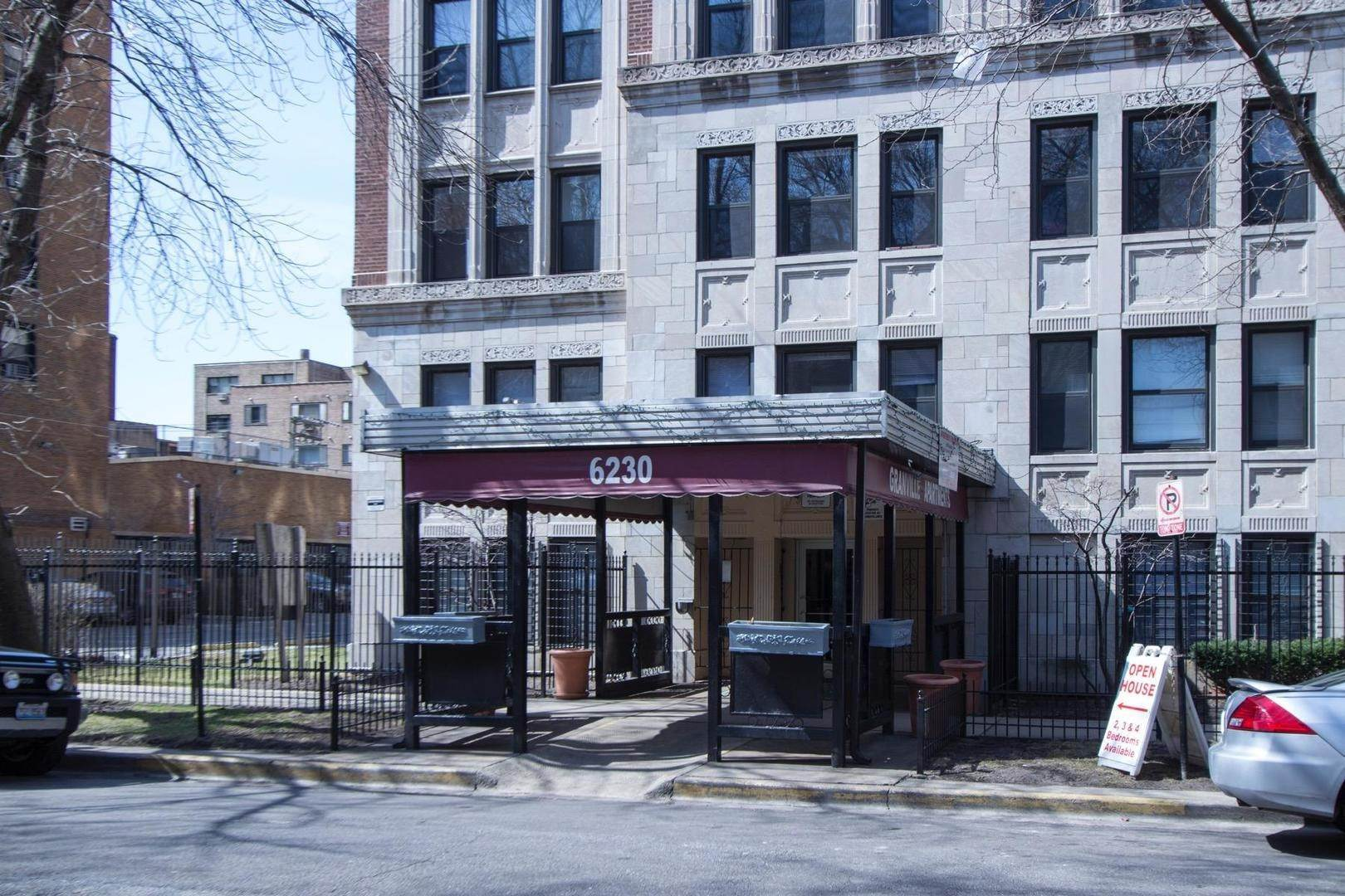 Commercial للـ Sale في 6230 N Kenmore Avenue Chicago, Illinois 60660 United States