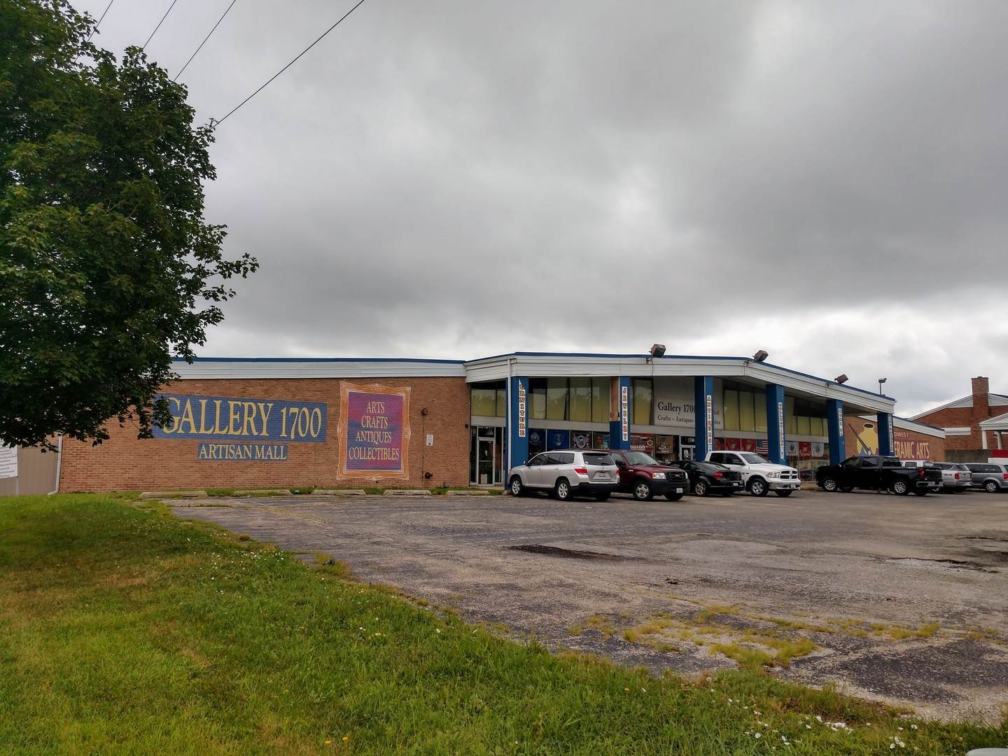 Commercial for Sale at 1700 Plainfield Road Crest Hill, Illinois 60403 United States