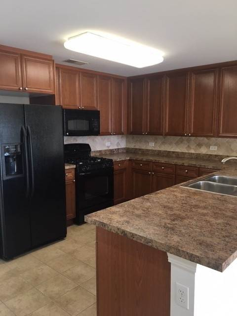 Residential Lease om 300 Anthony Avenue Mundelein, Illinois 60060 Verenigde Staten