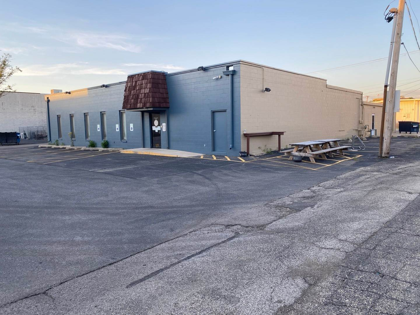Commercial for Sale at 265 Republic Avenue Joliet, Illinois 60435 United States