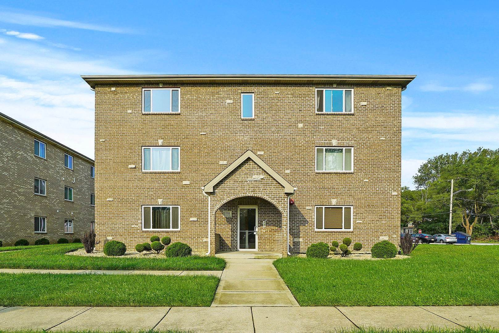 Residential Lease bei 13918 Central Park Avenue Robbins, Illinois 60472 Vereinigte Staaten