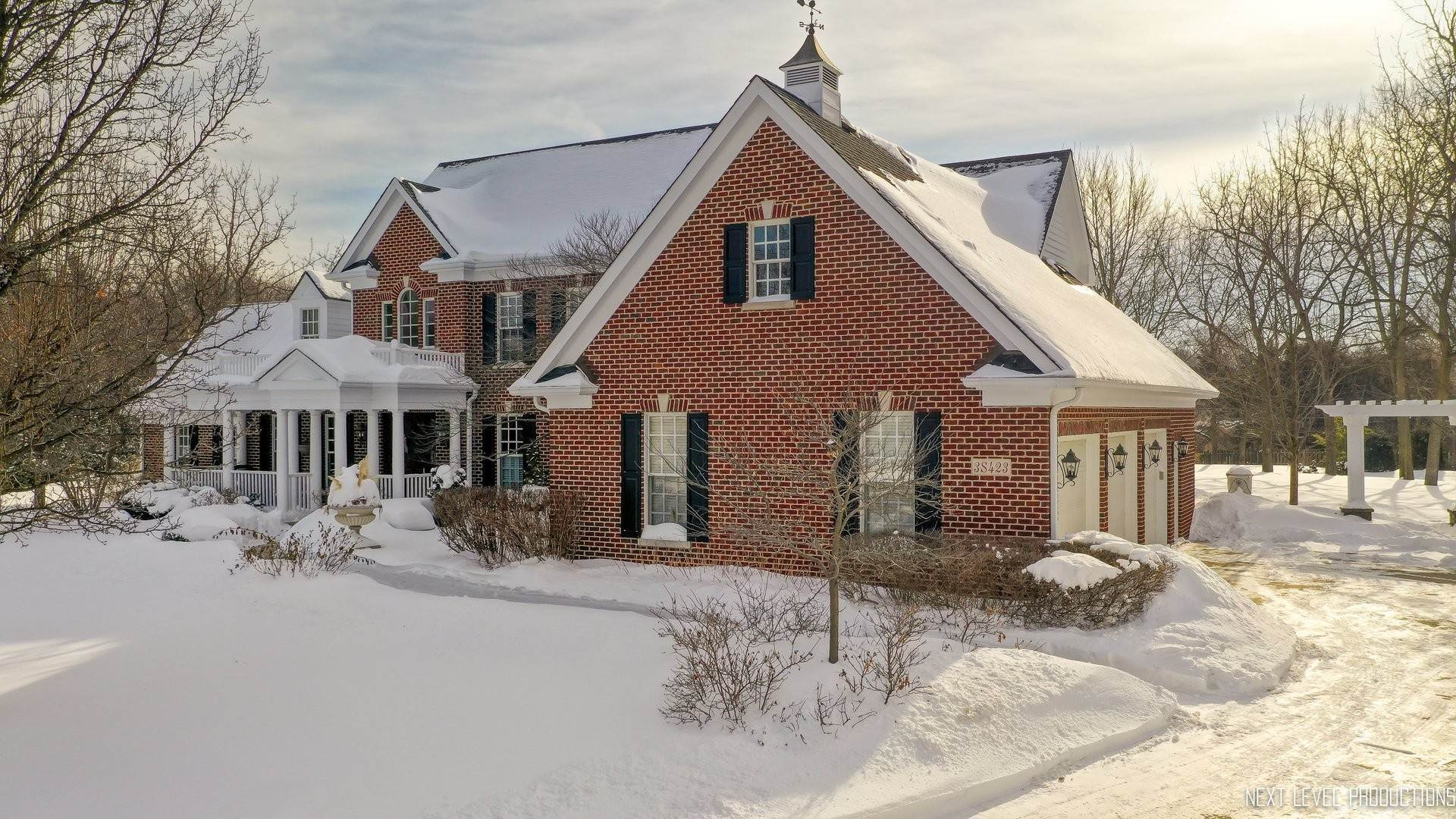 Single Family Homes for Sale at 3s423 Saddle Ridge Court Warrenville, Illinois 60555 United States